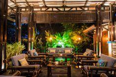 Bar and lounge @Tikivillas Rainforest Lodge, Costa Rica