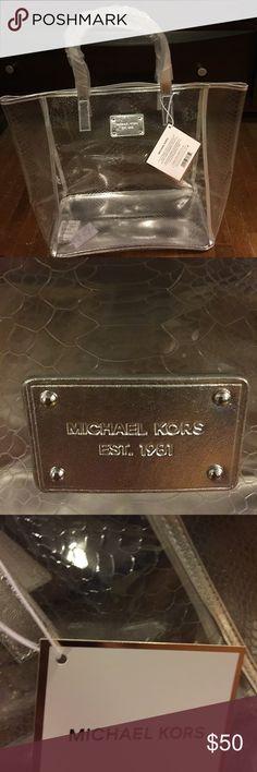 "Michael Kors summer bag authentic. Large Michael Kors clear shoulder bag. Great for beach and summer. Silver handles 18""wide. 13""depth. KORS Michael Kors Bags Shoulder Bags"