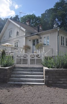 swedish country ~ välkommen would love this look on my house