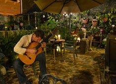 The Gallery Inn, San Juan, PR Guitarist for rehearsal dinner?
