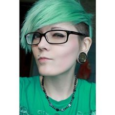 Green Hair Hair ❤ liked on Polyvore featuring accessories, hair accessories and…