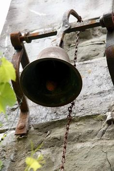 old bell. Would love one of these for the back door!