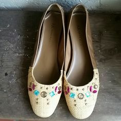 Jeweled Straw & Leather Flats by Anne Klein Brand Anne Klein  Size 8M Very nice preloved love condition worn only a few times. Jeweled & Studded straw toe and tan leather backs. Small 1/2 inch heel for support.  Originally $129.00 Anne Klein  Shoes Flats & Loafers