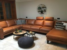 Hoeksalon cognac  Meubelen Larridon Relax, Couch, Furniture, Home Decor, Settee, Decoration Home, Room Decor, Sofas, Home Furnishings