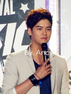 Lee Jang Woo <3 (Music Bank HK)