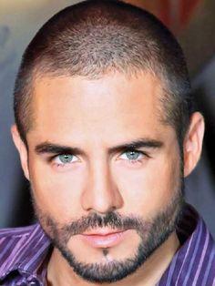 Jose Ron actor de Guadalajara, Jalisco Mexico....very lovely =)