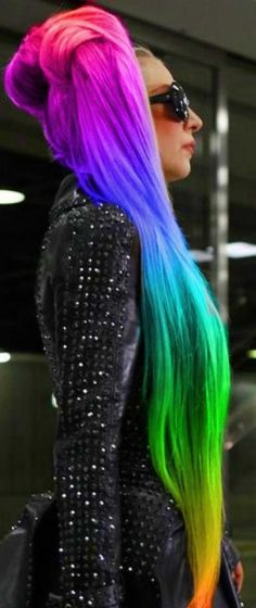 LOVIN her rainbow hair color ღ❤ღ