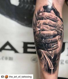 with ・・・ Artist IG: Rodrigo Pied… with ・ ・ ・ Künstler IG: Rodrigo Piedrabuena Arm Tattoos For Guys, Tattoos For Women, Religious Tattoos For Men, Unique Tattoos, Cute Tattoos, Religous Tattoo, Heaven Tattoos, Totenkopf Tattoos, Jesus Tattoo