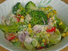 Chefkoch.de Rezept: Gemüsesalat mit Brokkoli, Mais und Champignons