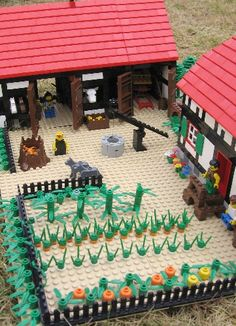 http://www.hoernersburg.net/images/TourBestdpi/Lego%20Farm/Lego%20Farm%20Barn%20and%20Yard.jpg