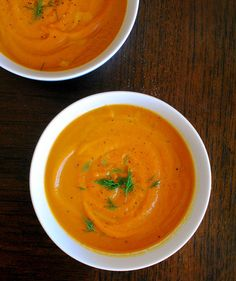 Carrot Ginger Soup | And it tastes better, too.Trick til cremet suppe uden fløde!
