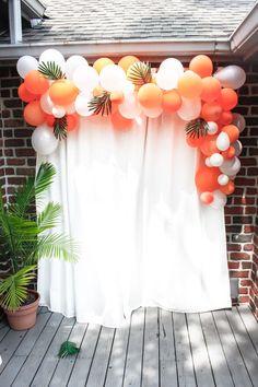 Tropical themed first birthday party balloon arch themed first birthday party balloon arch //<br> Tropical themed first birthday party balloon arch Adult Birthday Party, First Birthday Parties, 21st Birthday Themes, Balloon Birthday, 16th Birthday, Birthday On The Beach, Birthday Party Decorations For Adults, Birthday Ideas, Twenty First Birthday