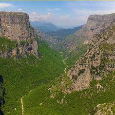 Vikos canyon in the Pindus Mountains, Epirus, Greece Strange Places, Southern Europe, Corsica, Dream Come True, Bosnia And Herzegovina, Macedonia, Montenegro, Trekking, Croatia