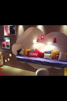 Cute bedroom idea! Want!