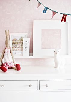 Cute pink and white girls room. Maileg bunny. Rabbit lamp.