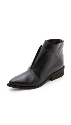 LD Tuttle The Ash Geometric Oxford Booties