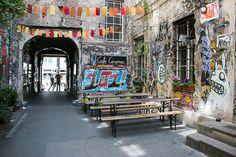 Alternative Berlin Walking Tour & the killer Doner Kebab • The Overseas Escape