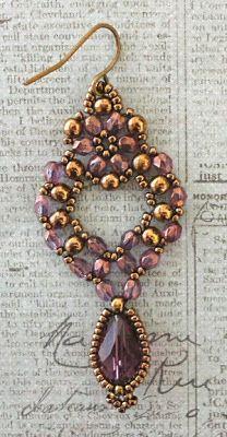 Linda's Crafty Inspirations: Princess Earrings by Ingrid van Grootel Beaded Earrings Patterns, Beaded Jewelry Designs, Seed Bead Jewelry, Seed Bead Earrings, Diy Earrings, Jewelry Patterns, Earrings Handmade, Beaded Necklace, Beaded Bracelets