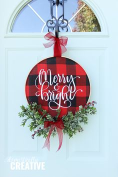 Diy christmas wreaths 410883166007271701 - Brighten up your front door for the holidays with this easy to make DIY Christmas Buffalo Check Hoop Wreath that features a glittery Merry and Bright hand lettered focus! Diy Christmas Decorations For Home, Diy Christmas Lights, Christmas Vinyl, Christmas Wreaths To Make, Plaid Christmas, Christmas Signs, Rustic Christmas, Simple Christmas, Christmas Ornaments