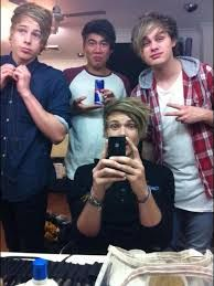 Here's some #fetus5SOS just to f*ck y'all up ☺ #michaelclifford #lukehemmings #calumhood #ashtonirwin #5sos #5secondsofsummer
