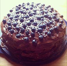 blueberry chocolatecake