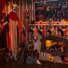 9 Creepy Carnival Decorating Ideas That Don't Clown Around Home Depot Halloween, Freak Show Halloween, Halloween Cubicle, Halloween Circus, Halloween Haunted Houses, Couple Halloween Costumes, Halloween Party Decor, Spooky Halloween, Halloween Ideas
