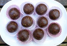 krydrede chilikuler med sjokolade Healthy Recipes, Yummy Recipes, Healthy Food, Muffin, Food And Drink, Yummy Food, Chocolate, Breakfast, Desserts