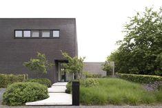 tuinarchitect_geel_11 Japanese Modern, Japanese Interior, Outdoor Spaces, Indoor Outdoor, Outdoor Decor, Garden Design, House Design, Passive House, Garden Architecture