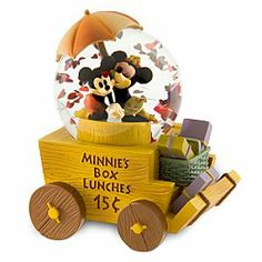 Disney Mickey and Minnie Snowglobe