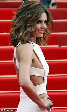 """Cheryl Cole - My ULTIMATE """"mommy"""" hair-cut/style. Practical enough for moms on the go, stylish, sexy, and sophisticated all at the same time."""