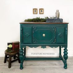 Forest Green is a gorgeous, jewel- toned green. It is rich in pigmentation and has subtle blue undertones. This small buffet/home bar was painted in Forest Green, lightly distressed & finished in clear + dark wax. Beautiful! 🌲 . . Find Forest Green at a MudPaint retailer near you or online at mudpaint.com! . . Piece by: @furniture.refreshed Dresser Inspiration, Green Painted Furniture, Dark Wax, Vintage Green, Buffet, Storage, Jewel, Dining Room, Painting