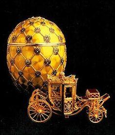 Recordando Fabergé como hace Google : el Hermitage inaugurará el museo del histórico joyero ruso Carl Fabergé en San Petesburgo.    El Museo Fabergé se inaugurará en 2014 con motivo de la la celebración del 250 aniversario del Hermitage.