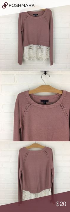 American Eagle Sweater Size Small.  American Eagle sweater with lace detail on bottom. American Eagle Outfitters Sweaters Crew & Scoop Necks