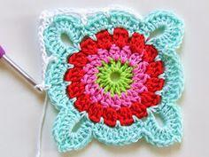 Transcendent Crochet a Solid Granny Square Ideas. Inconceivable Crochet a Solid Granny Square Ideas. Crochet Diy, Diy Crochet Flowers, Crochet Motifs, Manta Crochet, Crochet Stitches Patterns, Point Granny Au Crochet, Crochet Square Blanket, Crochet Blocks, Granny Square Crochet Pattern