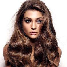 Oh I& jealous. I want her hair ❤️ Oh Im jealous. I want her hair ❤️ Mechas Tiger Eye, Elite Model, Golden Brown Hair, Pinterest Hair, Brunette Hair, Great Hair, Hair Highlights, Hair Today, Gorgeous Hair