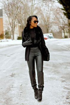 ALL BLACK EVERYTHING - THE DAILEIGH - WWW.THEDAILEIGH.COM