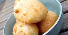 pao de queijo  I have mentioned before that I have a fondness for South American stuff, and it's because I train capoeira, which is a Braz...