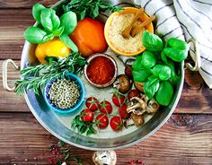 "Check out new work on my @Behance portfolio: ""في حلّة واحدة - One pot Meals"" http://be.net/gallery/34602633/-One-pot-Meals"