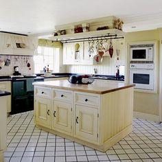 Country kitchen island unit