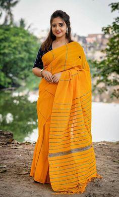 Saree Fashion, Saree Styles, Indian Beauty, Raincoat, Jackets, Rain Jacket, Down Jackets, Jacket