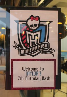 Recently, I decided to help a friend out with her daughter's birthday party. She went with a Monster High theme, which seems to be somewhat popular for girls her age (so I'm told). Monster High Birthday, Monster High Party, 9th Birthday Parties, Birthday Bash, Themed Parties, Birthday Ideas, Lion Halloween, Party Characters, Spa Party