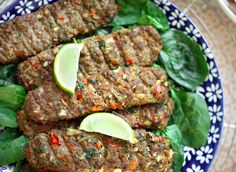 Adana kebab from the oven Cooking hats - Steak Recipes Steak Recipes, Fish Recipes, Turkish Recipes, Ethnic Recipes, Minced Meat Recipe, Egyptian Food, Different Recipes, Kebabs, Main Meals