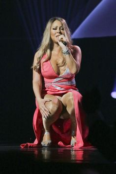 Mariah Carey upskirt #mariahcarey #mariah #legs #hot #pink #song