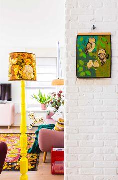 Vintage wandkleed in de woonkamer van blogger Oh Marie!