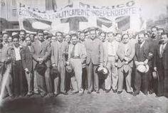 El político mexicano Fidel Velázquez y la Confederación de Trabajadores de México (CTM) se sujetaron al gobierno, los obreros ayudaron con motivo a la guerra, y se desatendieron la justicia y el derecho de huelga. Así, el Estado fue el árbitro de la vida sindical.