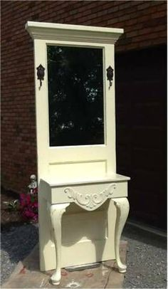 table + door = hall tree – Furniture and Door Decoration Redo Furniture, Painted Furniture, Recycled Door, Doors Repurposed, Door Hall Trees, Diy Home Decor, Recycled Furniture, Furniture Makeover, Doors