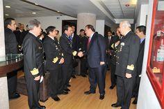 Al acudir al Centro de Estudios Superiores Navales, el gobernador Javier Duarte de Ochoa refrendó que para el éxito de Veracruz Seguro se ha conjuntado la coordinación efectiva, la suma de recursos y la interacción con la sociedad.