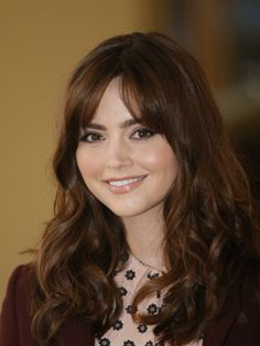 Jenna Louise Coleman aka Doctor Who's Clara Oswald, pretty or sexy makeup?