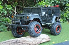 1/6th scale Hummer