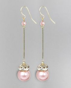 Pearl Wand Earrings. Use up rhinestone rondelles w/cream pearls. Más